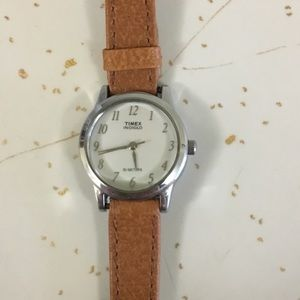 TIMEX INDIGLO WATER RESISTANT WOMAN WATCH-LIKE NEW